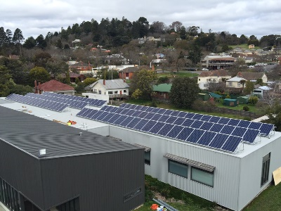 Solar Panels on Springs Medical Centre Daylesford 400x300 web